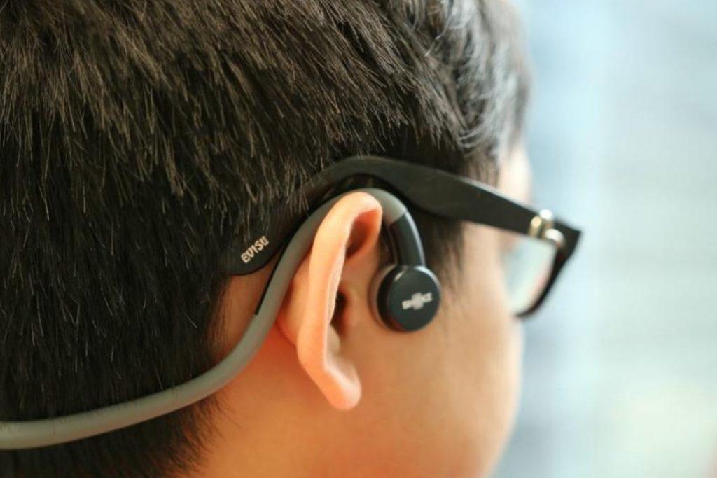 Bone conduction children's headset